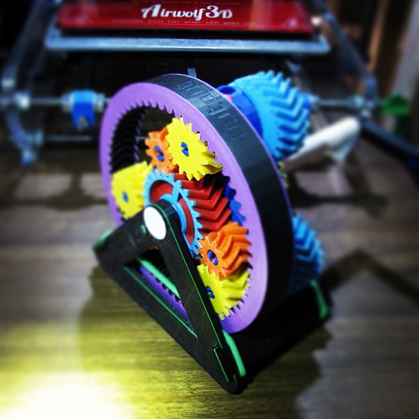 Nice Gears on Automatic Transmission Model made with 3D Printer