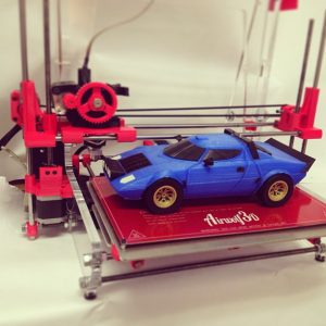 Blue Lancia Stratus is 3D printed in 1/12th scale