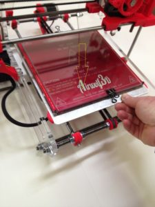 Moving the 3D printer bed forward