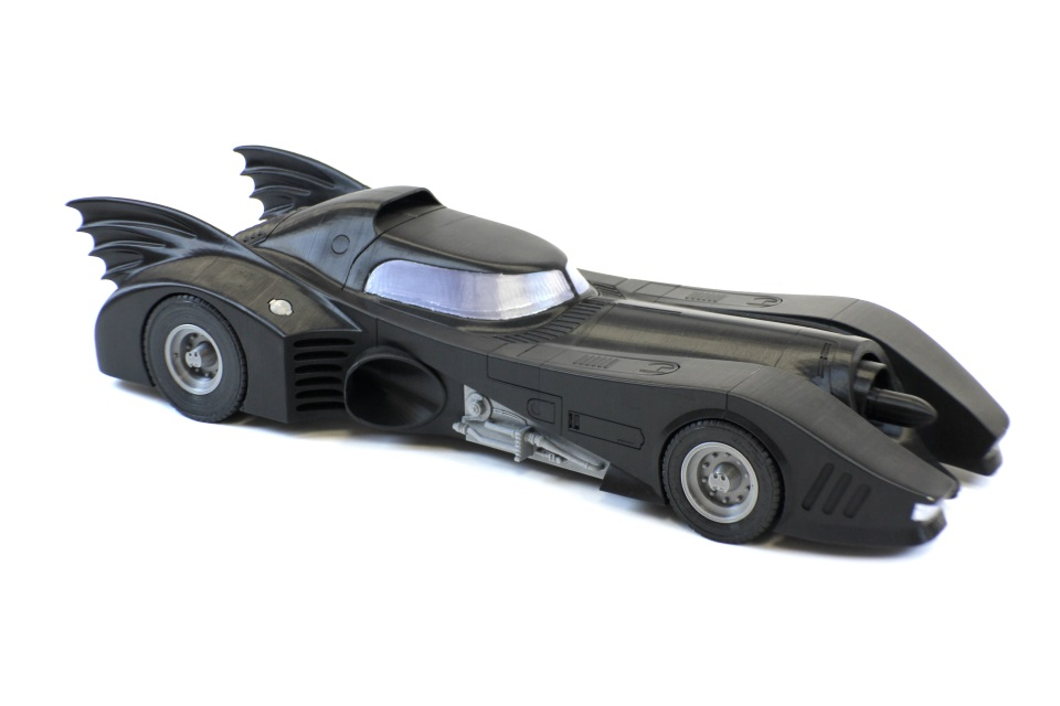 Featured:  30″ Batmobile is Designed with 3DS Max and 3D Printed