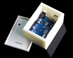 img14-white-arduino-box