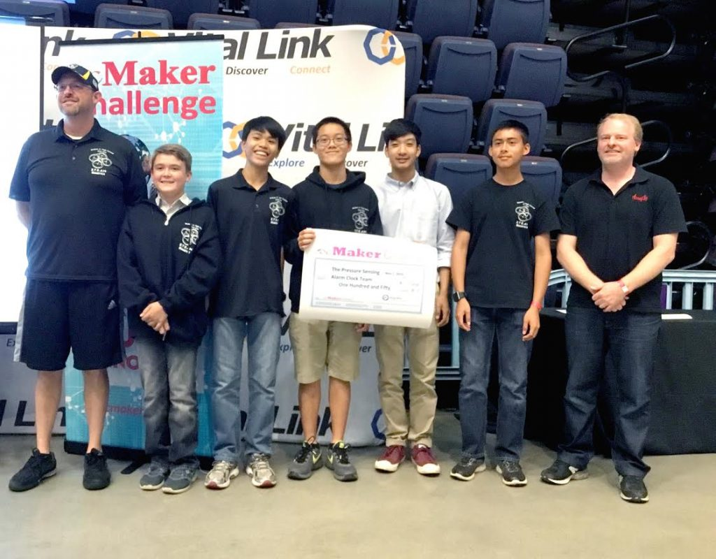 ocMaker Challenge 2016 Winners accepting their award